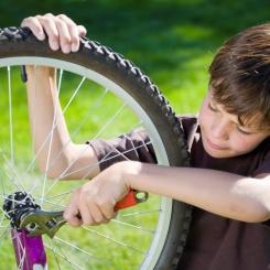 Comment bien entretenir le vélo de mon enfant ?