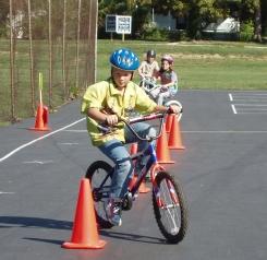 5 exercices à pratiquer à vélo avec son enfant